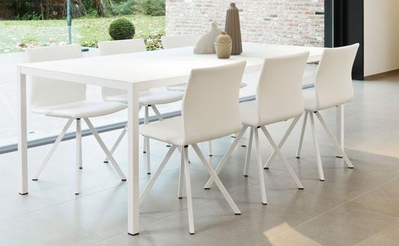 Set cobra silva tafels en stoelen meubelen gies okegem - Tafel en stoelen dineren ...